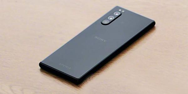 Xperia 2リーク画像を入手!新型はiPhoneだけじゃない!
